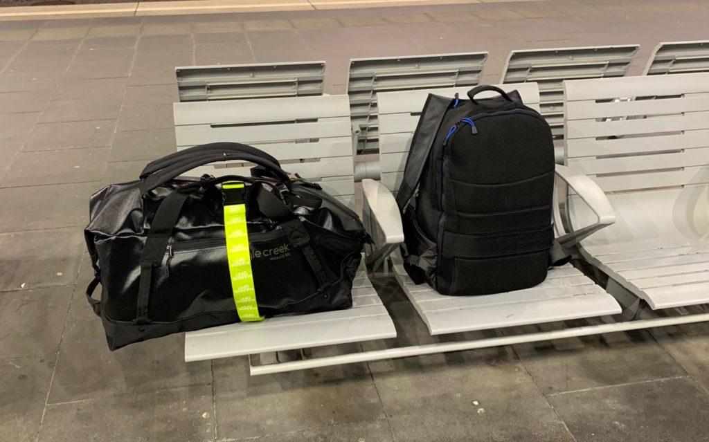 Das Bild zeigt Reisegepäck, bestehend aus zwei Rucksäcken - Kristina Kral
