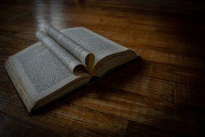 Symbolbild: Gedicht - Würden