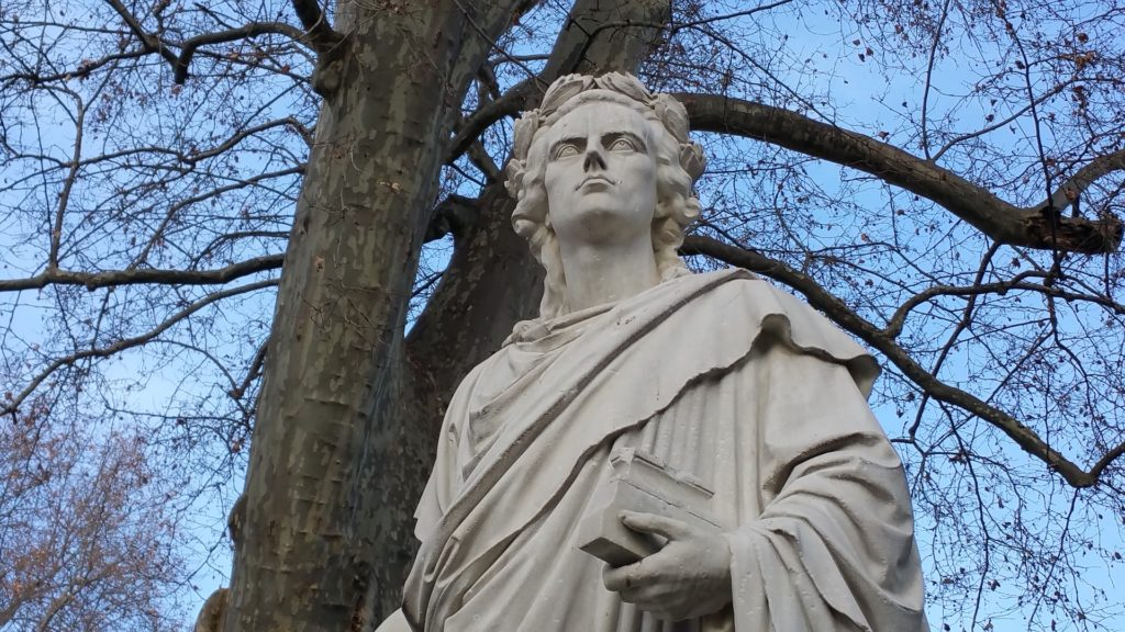 Symbolbild: Schiller Statue