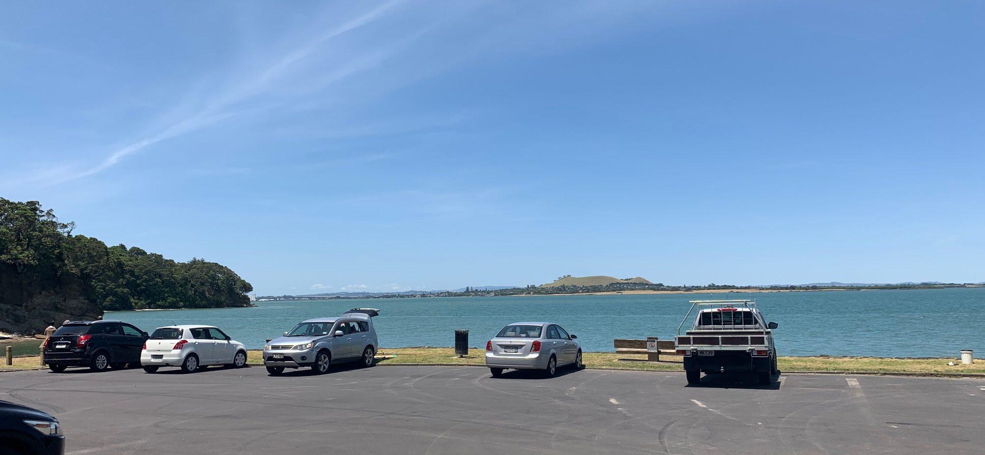 Auckland, Neuseeland | Bucht am Waikowhai Park, Faulkner Bay Two hearts