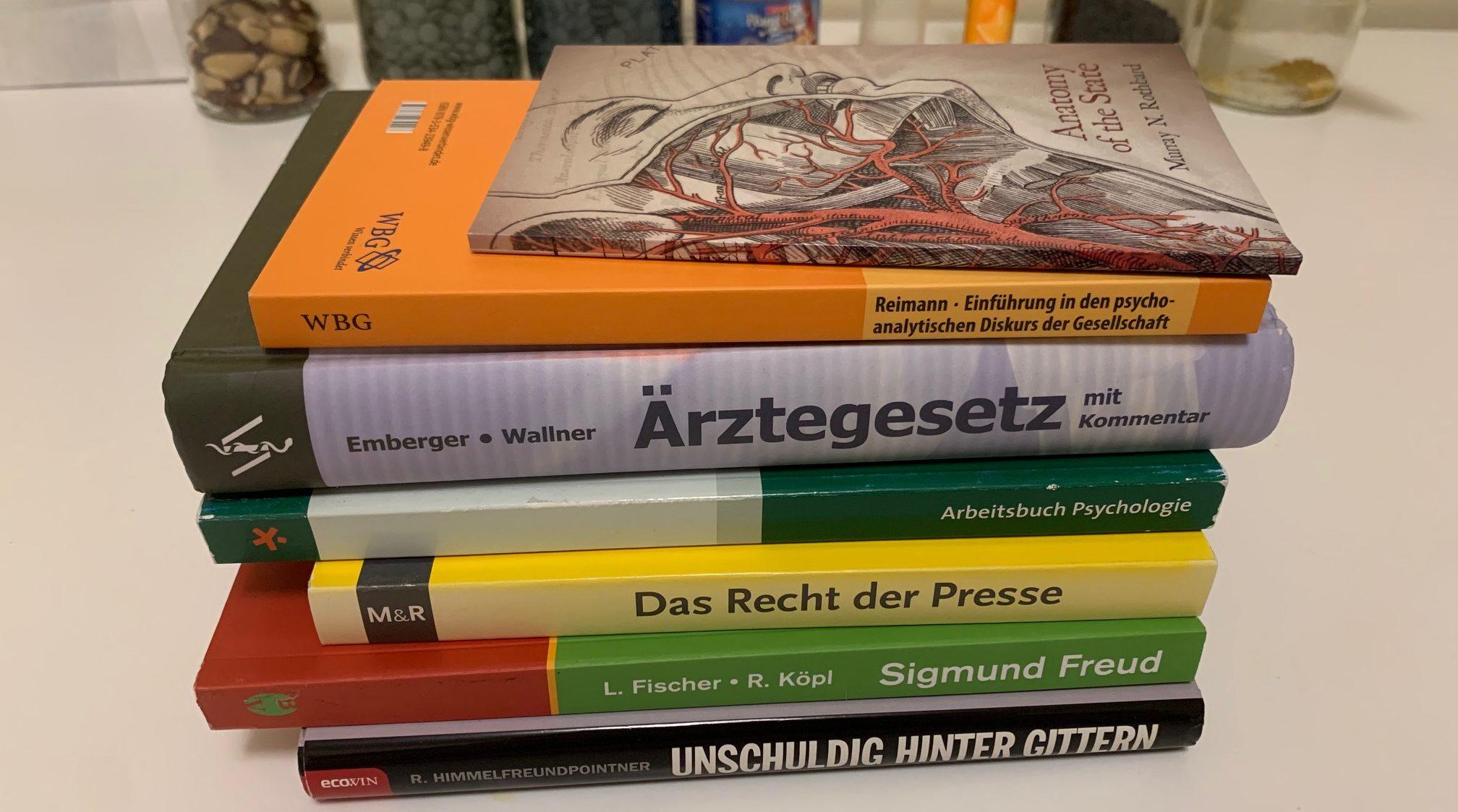 Bücher zu Psychologie, Strafrecht und Gesellschaft